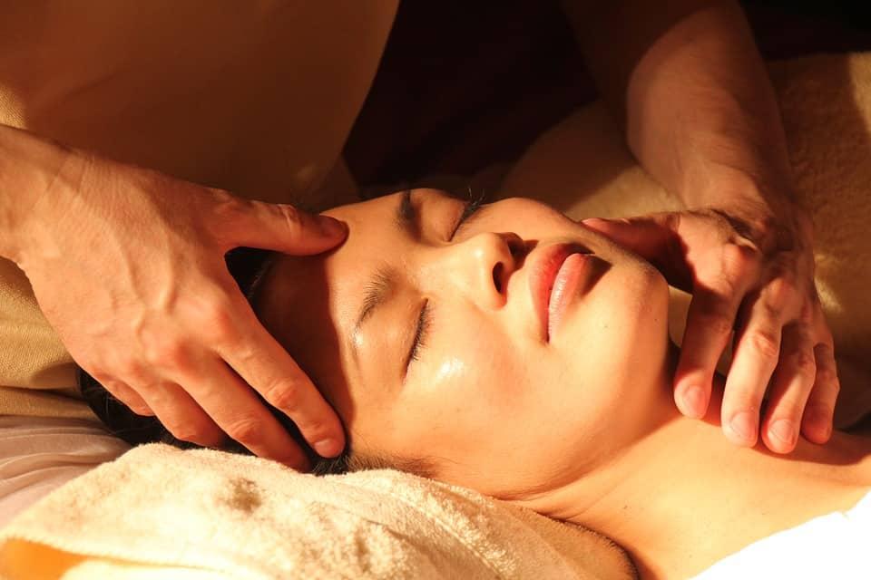 alternative medicine massage